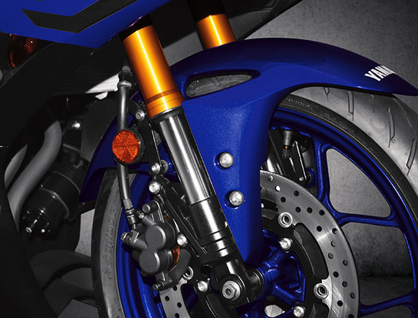Yamaha YZF-R3 front fork