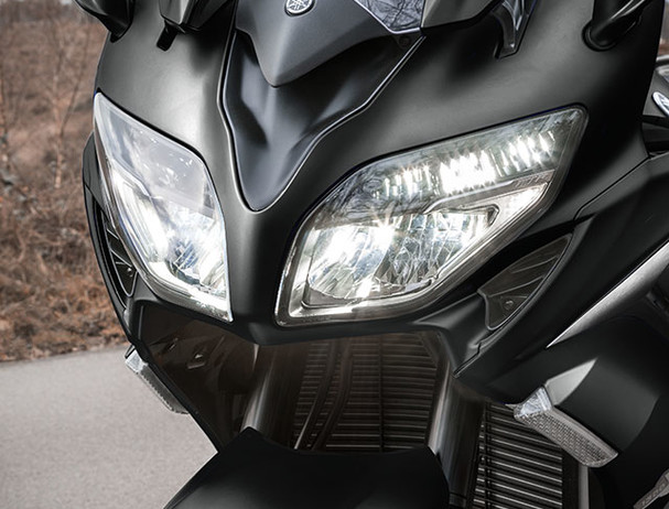 Yamaha FJR1300AE LED headlights