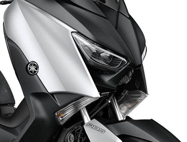 Yamaha XMAX 300 LED triple headlights