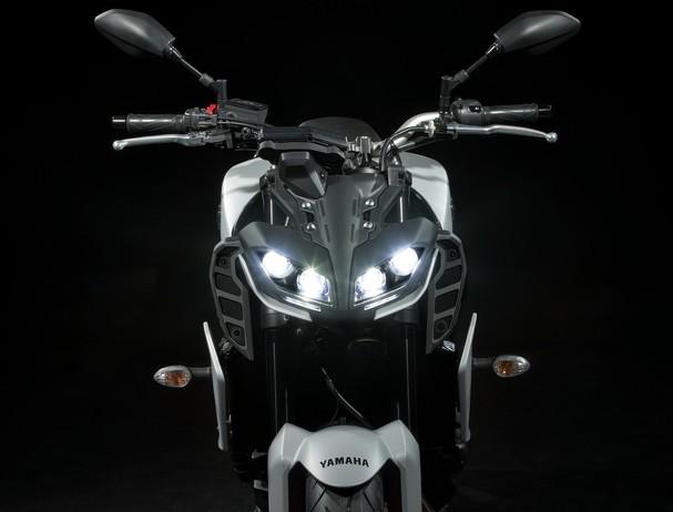 Yamaha MT-09 LED Headlights