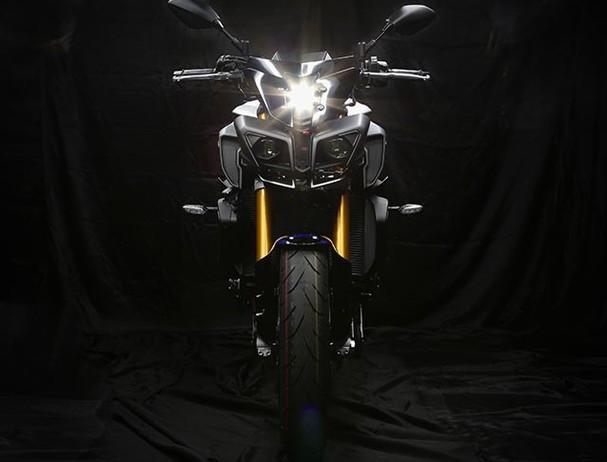 Yamaha MT-10SP Front View
