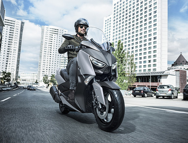 Yamaha XMAX 300 traction control system